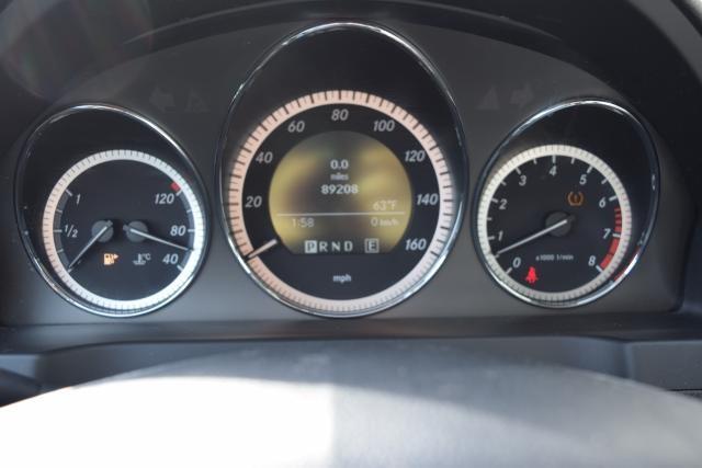 2011 Mercedes-Benz C300 Luxury Richmond Hill, New York 9