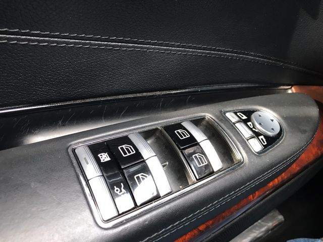 2011 Mercedes-Benz CL550 4MATIC Leesburg, Virginia 26