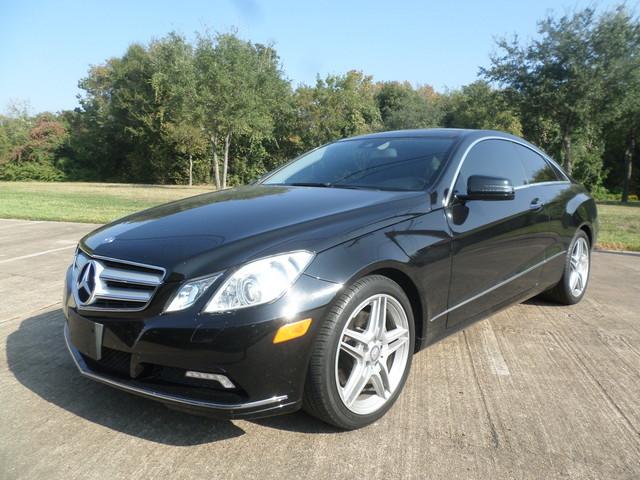 2011 Mercedes E350  VIN WDDKJ5GB8BF090384 53k miles  AMFM CD Player CD Changer Anti-Theft
