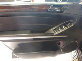 2011 Mercedes Gl450. Navi~Dvd~ B/U CAMERA, 4-MATIC LOADED & CLEAN!~ Saint Louis Park, MN 3