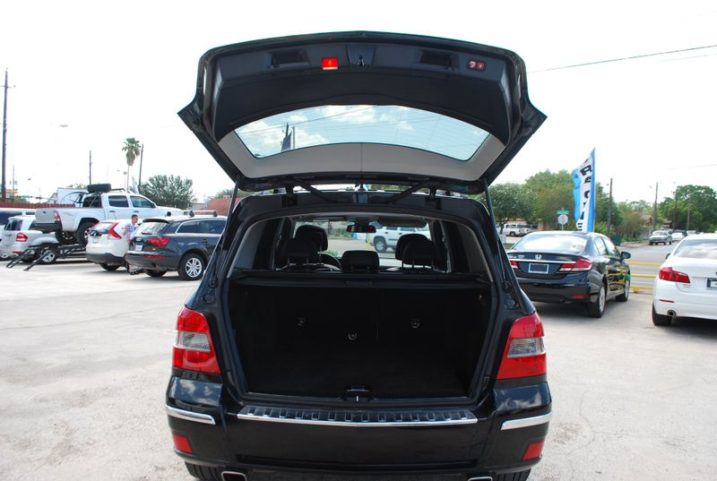 2011 Mercedes-Benz GLK 350   Brownsville TX  English Motors  in Brownsville, TX