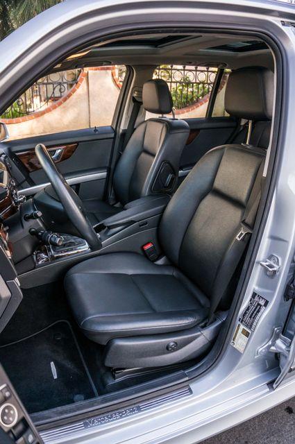 2011 Mercedes-Benz GLK 350  AUTO - NAVI - BACK UP CAMERA Reseda, CA 28