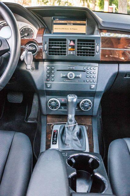 2011 Mercedes-Benz GLK 350  AUTO - NAVI - BACK UP CAMERA Reseda, CA 21