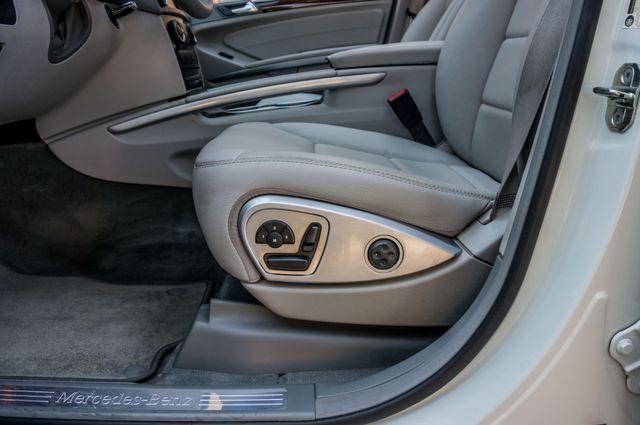 2011 Mercedes-Benz ML 350 NAVI - BACK UP CAMERA - 41k Miles - 1OWNER Reseda, CA 16