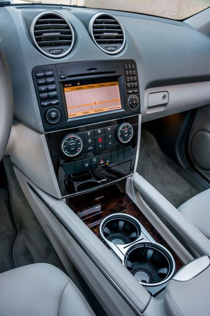 2011 Mercedes-Benz ML 350 NAVI - BACK UP CAMERA - 41k Miles - 1OWNER Reseda, CA 28