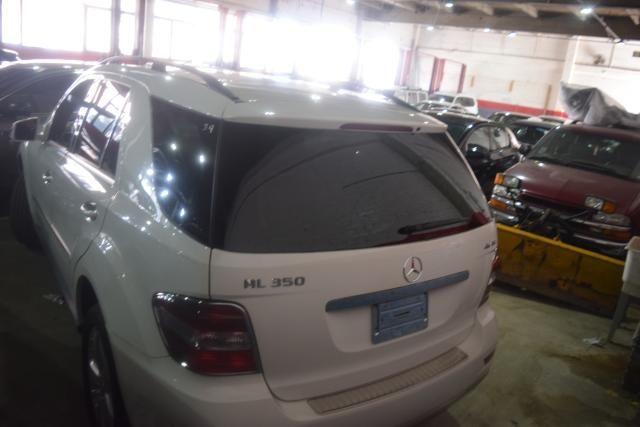 2011 Mercedes-Benz ML 350 ML350 SUV Richmond Hill, New York 3