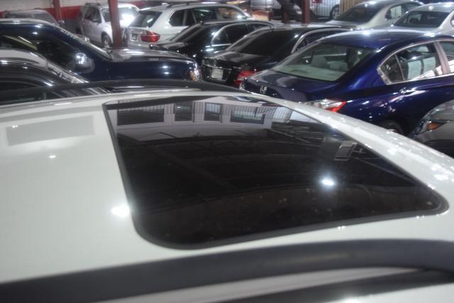 2011 Mercedes-Benz ML 350 ML350 SUV Richmond Hill, New York 6