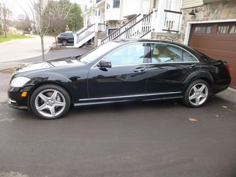 2011 Mercedes-Benz S 550 4-Matic  in Minnetonka, Minnesota