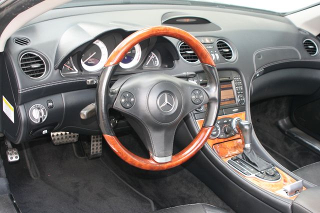 2011 Mercedes-Benz SL 550 Houston, Texas 17