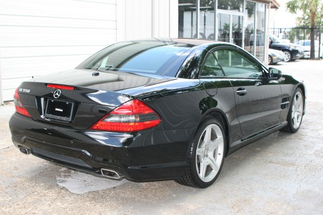 2011 Mercedes-Benz SL 550 Houston, Texas 3