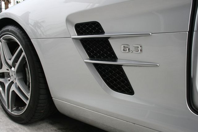 2011 Mercedes-Benz SLS AMG Houston, Texas 15
