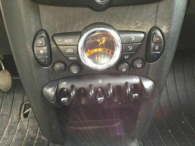 2011 Mini Clubman 2dr Cpe Richmond Hill, New York 33