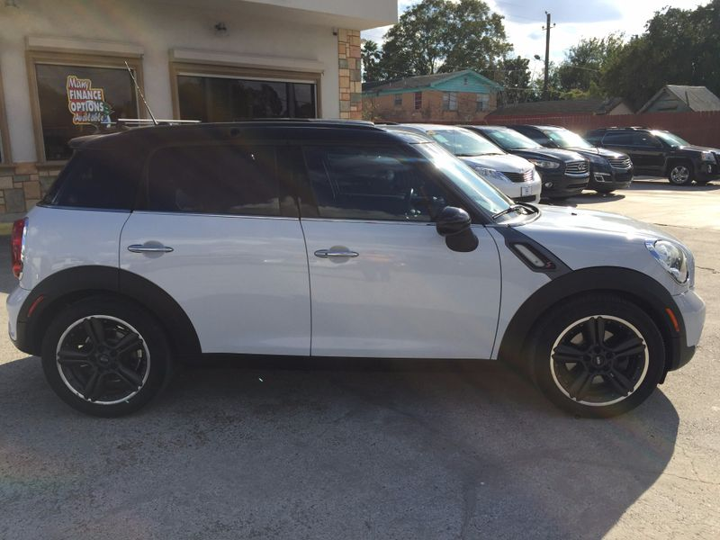 2011 Mini Countryman S  Brownsville TX  English Motors  in Brownsville, TX