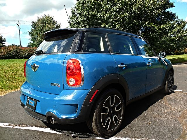 2011 Mini Countryman S Leesburg, Virginia 4