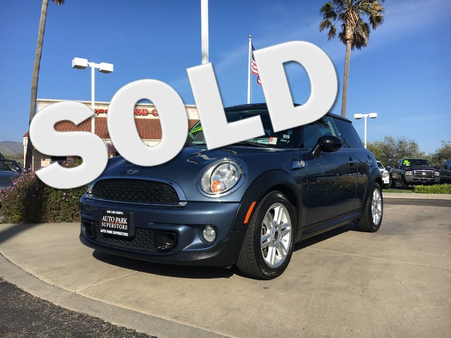 2011 MINI Hardtop S This is a 2011 Mini Cooper S Horizon Blue Metallic Exterior Black Cloth Inte