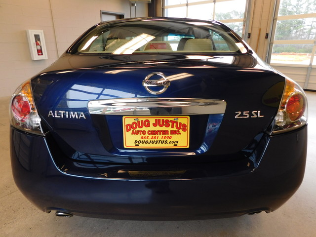 2011 Nissan Altima 25 SL  city TN  Doug Justus Auto Center Inc  in Airport Motor Mile ( Metro Knoxville ), TN