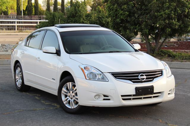 2011 Nissan ALTIMA HYBRID SEDAN 2.5L 1-OWNER NEW TIRES SERVICE RECORDS GAS SAVER! Woodland Hills, CA 8