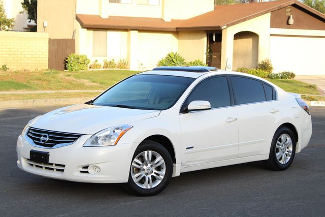 2011 Nissan ALTIMA HYBRID SEDAN 2.5L 1-OWNER NEW TIRES SERVICE RECORDS GAS SAVER! Woodland Hills, CA 1