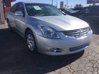 2011 Nissan Altima 2.5 S AUTOWORLD (702) 452-8488 Las Vegas, Nevada 1
