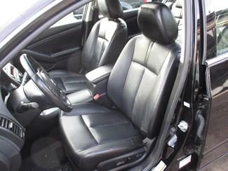 2011 Nissan Altima 2.5 SL Milwaukee, Wisconsin 7