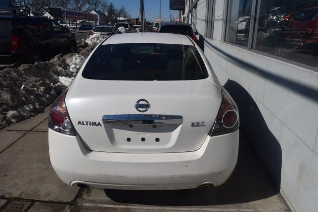 2011 Nissan Altima 2.5 S Richmond Hill, New York 3