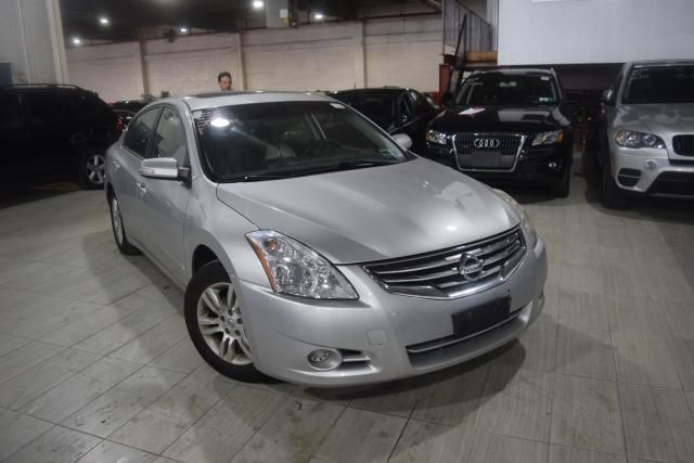 2011 Nissan Altima 2.5 SL Richmond Hill, New York 1