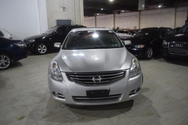 2011 Nissan Altima 2.5 SL Richmond Hill, New York 2
