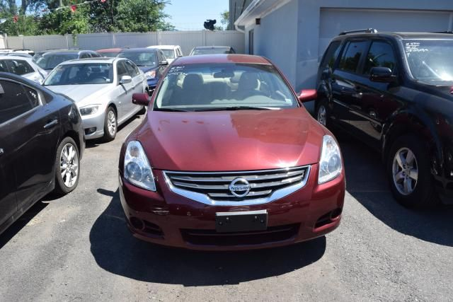 2011 Nissan Altima 2.5 S Richmond Hill, New York 2