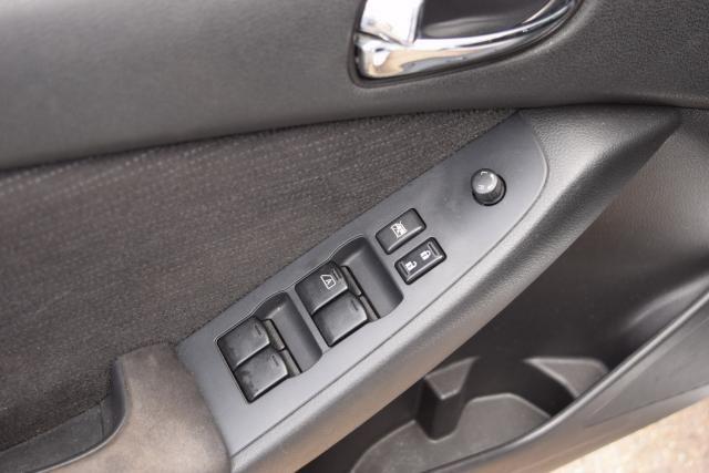 2011 Nissan Altima 2.5 S Richmond Hill, New York 11