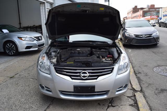 2011 Nissan Altima 2.5 S Richmond Hill, New York 3