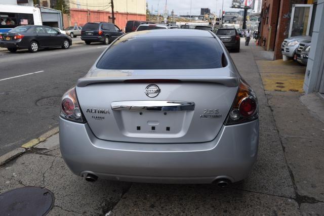 2011 Nissan Altima 2.5 S Richmond Hill, New York 5