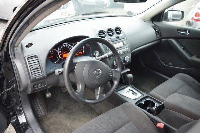 2011 Nissan Altima 2.5 S Richmond Hill, New York 12