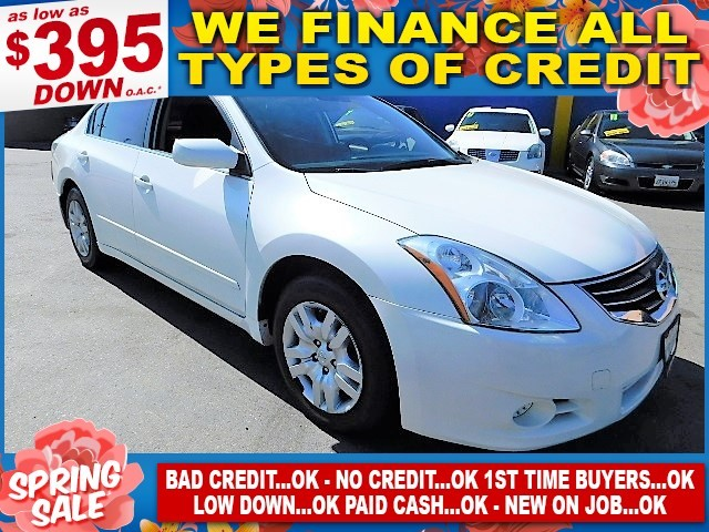 2011 NISSAN ALTIMA Limited warranty included to assure your worry-free purchase AutoCheck report