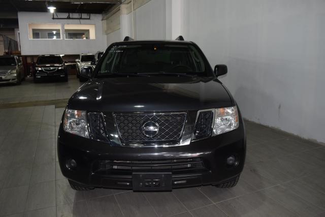 2011 Nissan Pathfinder S Richmond Hill, New York 3