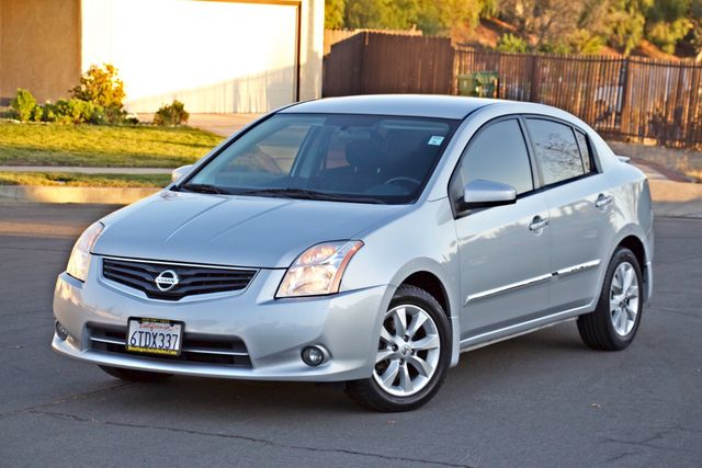 2011 Nissan SENTRA 2.0 SL SEDAN FULLY LOADED LEATHER ALLOY WHLS 1-OWNER SERVICE RECORDS NEW TIRES Woodland Hills, CA 31