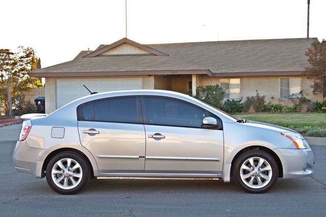 2011 Nissan SENTRA 2.0 SL SEDAN FULLY LOADED LEATHER ALLOY WHLS 1-OWNER SERVICE RECORDS NEW TIRES Woodland Hills, CA 6