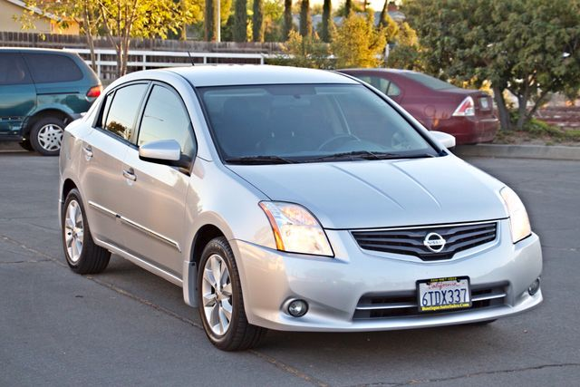 2011 Nissan SENTRA 2.0 SL SEDAN FULLY LOADED LEATHER ALLOY WHLS 1-OWNER SERVICE RECORDS NEW TIRES Woodland Hills, CA 30