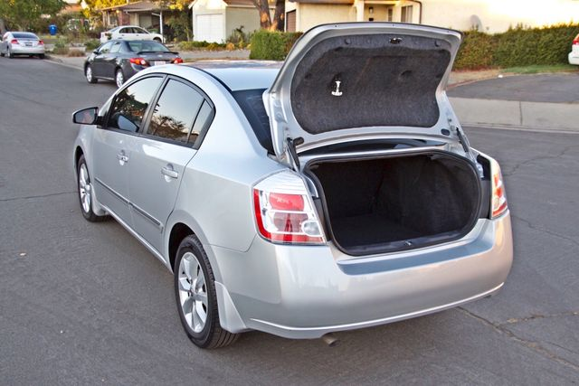 2011 Nissan SENTRA 2.0 SL SEDAN FULLY LOADED LEATHER ALLOY WHLS 1-OWNER SERVICE RECORDS NEW TIRES Woodland Hills, CA 14