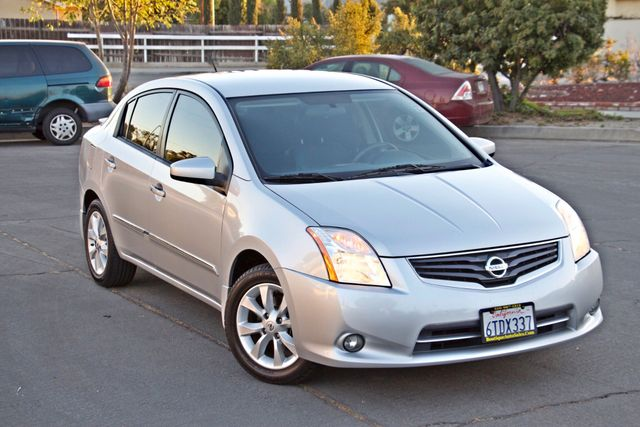 2011 Nissan SENTRA 2.0 SL SEDAN FULLY LOADED LEATHER ALLOY WHLS 1-OWNER SERVICE RECORDS NEW TIRES Woodland Hills, CA 7