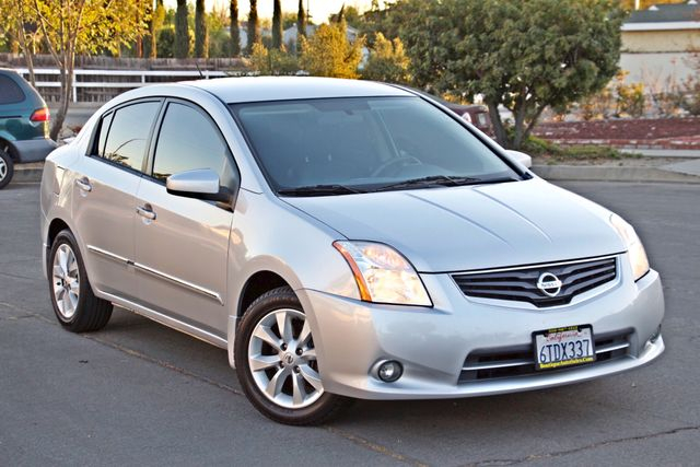 2011 Nissan SENTRA 2.0 SL SEDAN FULLY LOADED LEATHER ALLOY WHLS 1-OWNER SERVICE RECORDS NEW TIRES Woodland Hills, CA 8