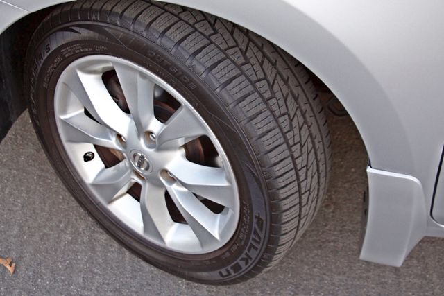 2011 Nissan SENTRA 2.0 SL SEDAN FULLY LOADED LEATHER ALLOY WHLS 1-OWNER SERVICE RECORDS NEW TIRES Woodland Hills, CA 11