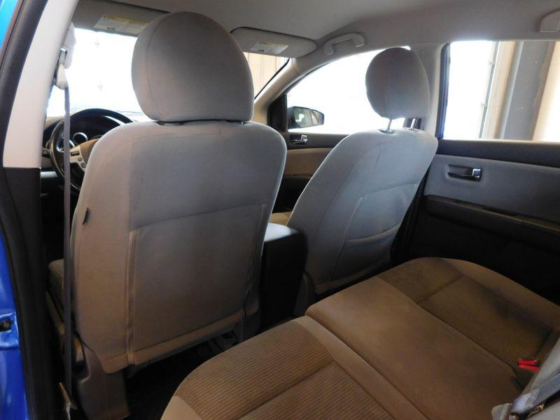 2011 Nissan Sentra 20 SR  city TN  Doug Justus Auto Center Inc  in Airport Motor Mile ( Metro Knoxville ), TN