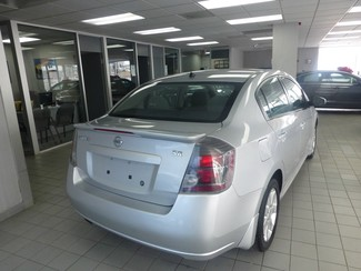 2011 Nissan Sentra 2.0 SR Chicago, Illinois 5