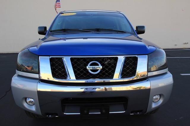 2011 Nissan Titan* 4X4* BOSE* BEDLINER* LIFT & WHEELS* CUSTOM SV* AUTO* TOW PKG* CREW* LOADED* LOW MI Las Vegas, Nevada 1