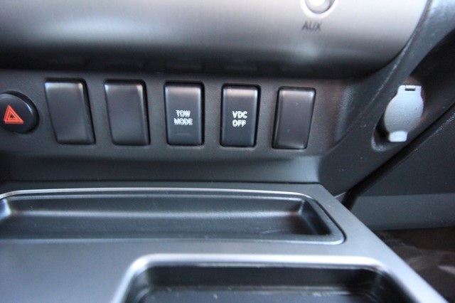 2011 Nissan Titan* 4X4* BOSE* BEDLINER* LIFT & WHEELS* CUSTOM SV* AUTO* TOW PKG* CREW* LOADED* LOW MI Las Vegas, Nevada 21