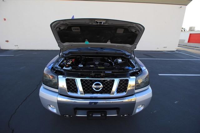 2011 Nissan Titan* 4X4* BOSE* BEDLINER* LIFT & WHEELS* CUSTOM SV* AUTO* TOW PKG* CREW* LOADED* LOW MI Las Vegas, Nevada 26