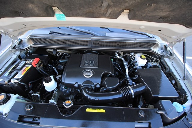 2011 Nissan Titan* 4X4* BOSE* BEDLINER* LIFT & WHEELS* CUSTOM SV* AUTO* TOW PKG* CREW* LOADED* LOW MI Las Vegas, Nevada 27