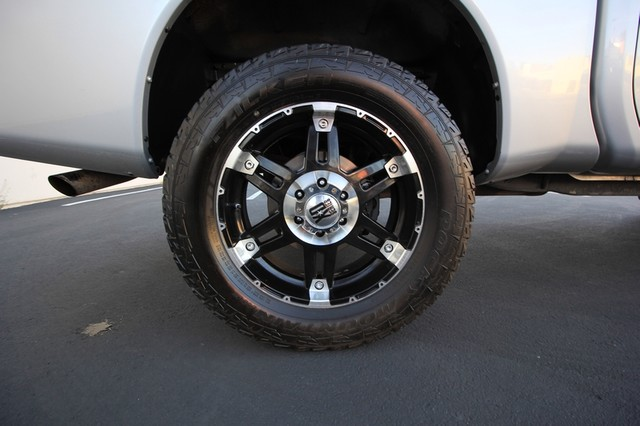 2011 Nissan Titan* 4X4* BOSE* BEDLINER* LIFT & WHEELS* CUSTOM SV* AUTO* TOW PKG* CREW* LOADED* LOW MI Las Vegas, Nevada 30