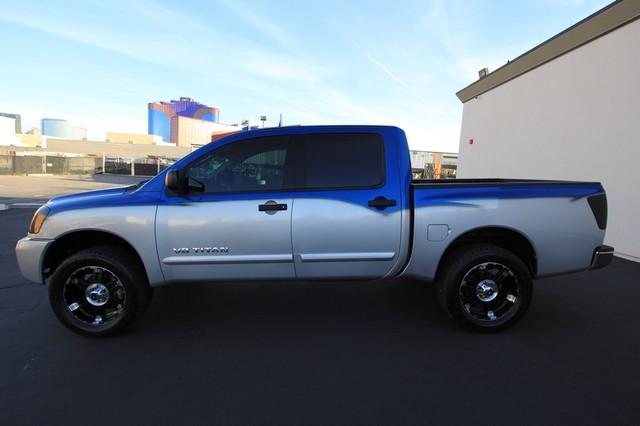 2011 Nissan Titan* 4X4* BOSE* BEDLINER* LIFT & WHEELS* CUSTOM SV* AUTO* TOW PKG* CREW* LOADED* LOW MI Las Vegas, Nevada 8