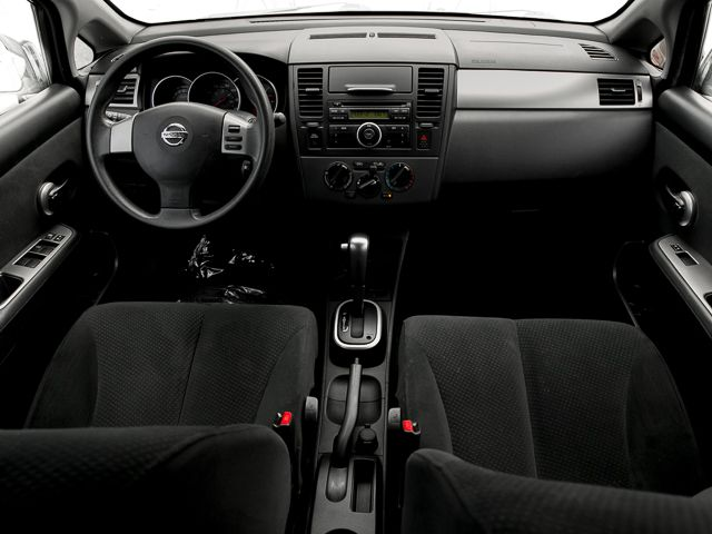 2011 Nissan Versa 1.8 S Burbank, CA 8